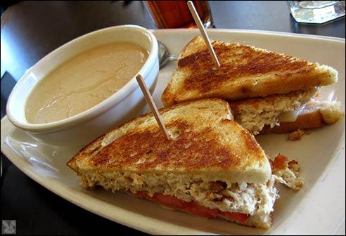 df06_10-01_soupwich.jpg